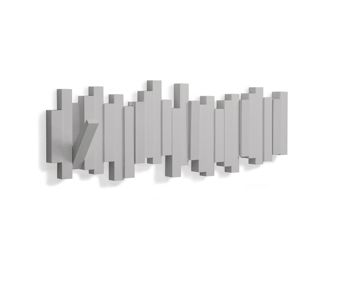 Вешалка настенная sticksВешалки<br>Новый цвет в коллекции STICKS – серый. Настенная вешалка из литого пластика с 5-ю откидывающимися крючками. Когда вешалка не используется, то превращается в декор для стен, нужно просто сложить крючки внутрь. Максимальная нагрузка на каждый крючок 2,3 кг<br>Дизайнер David Quan<br><br>Material: Пластик<br>Width см: 49,5<br>Depth см: 2,5<br>Height см: 18,4