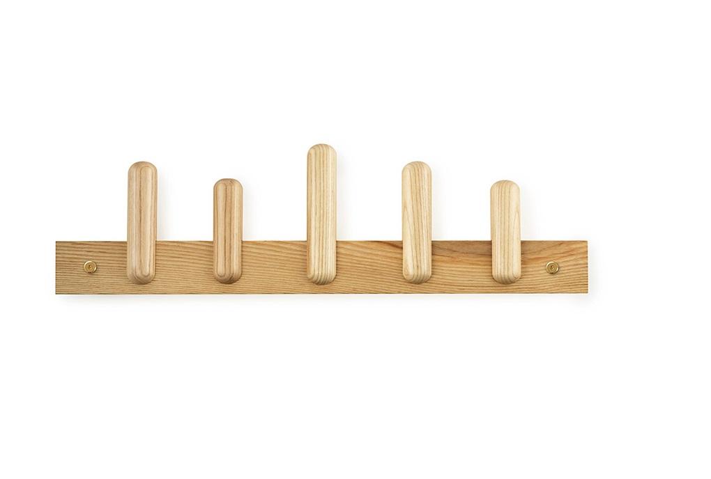 Вешалка настенная play coatВешалки<br>Вешалка с крючками разной длины, сделана из дуба. Крепления идут в комплекте. Рекомендуется чистить влажной тканью.<br><br>Material: Дерево<br>Width см: 60<br>Depth см: 6,3<br>Height см: 17,2