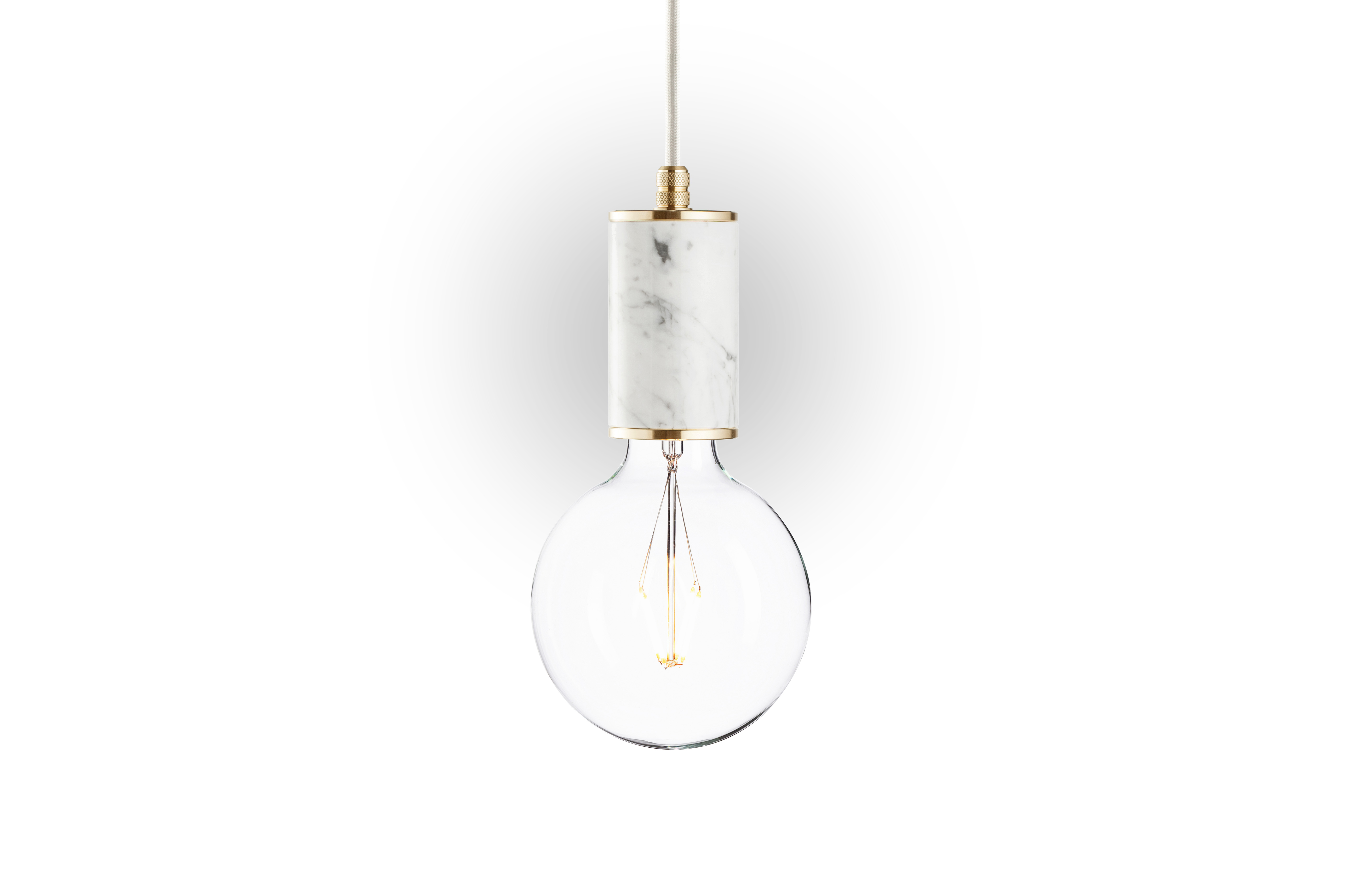 Подвесной светильник Marmor GlansПодвесные светильники<br>Простая лампа находит свое продолжение в изысканном цилиндрическом основании. Оно изготовлено из белого мрамора, потрясающий узор которого добавляет строгой конструкции &amp;quot;Marmor Glans&amp;quot; утонченность. Именно благодаря роскошному натуральному мрамору потолочный светильник в брутальном стиле лофт смотрится элегантно.&amp;lt;div&amp;gt;&amp;lt;br&amp;gt;&amp;lt;/div&amp;gt;&amp;lt;div&amp;gt;Лампочка приобретается отдельно. Цоколь Е27, максимальная мощность лампочки - 60 W, длина шнура - 3 м. &amp;amp;nbsp;&amp;amp;nbsp;&amp;lt;/div&amp;gt;&amp;lt;div&amp;gt;Материал: корпус - мрамор Bianco Carrara, фурнитура - латунь, сталь, патрон - пластик, кабель в оплетке. Под заказ. Срок изготовления 3 недели.&amp;amp;nbsp;&amp;lt;/div&amp;gt;<br><br>Material: Мрамор<br>Высота см: 12