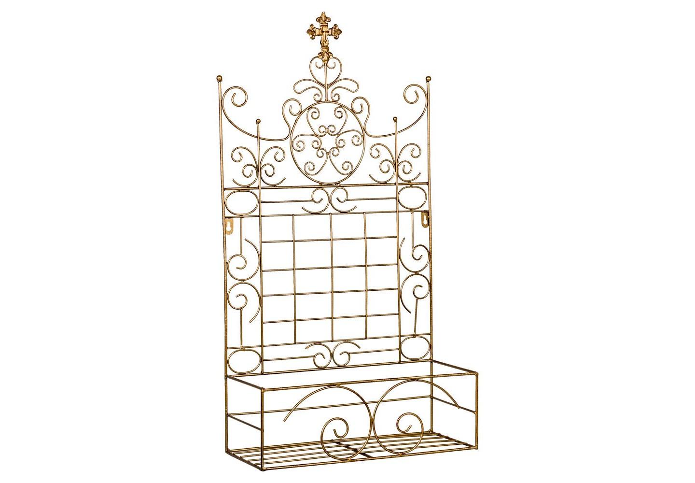 Полка Пале-РояльПолки<br>Декоративная полка &amp;quot;Пале-Рояль&amp;quot; - удобная, изящная и обаятельная деталь столовой, гостиной, детской и ванной комнат, прихожей, холла и лоджии. Обладая роскошным дворцовым дизайном, эта полка придаст интерьерам ауру романтики и умиротворения. Особая рекомендация - цветоводам. В столь роскошных апартаментах Ваши любимые цветы и растения будут чувствовать себя по-королевски. Изящный готический шпиль венчает гербовое плетение королевских лилий, иллюстрирующих древнюю французскую родословную этого роскошного дизайна.<br>&amp;lt;div&amp;gt;&amp;lt;br&amp;gt;&amp;lt;/div&amp;gt;<br>&amp;lt;iframe width=&amp;quot;530&amp;quot; height=&amp;quot;315&amp;quot; src=&amp;quot;https://www.youtube.com/embed/MDYV1hT42Qs&amp;quot; frameborder=&amp;quot;0&amp;quot; allowfullscreen=&amp;quot;&amp;quot;&amp;gt;&amp;lt;/iframe&amp;gt;<br><br>Material: Металл<br>Width см: 39<br>Depth см: 17<br>Height см: 71
