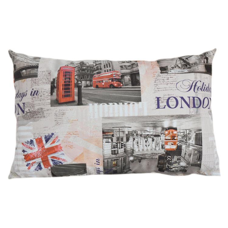 Прямоугольная подушка Каникулы в ЛондонеПрямоугольные подушки<br>длиная подушка, нежный велюр, классическая форма и яркая расцветка<br><br>Material: Велюр<br>Width см: 55<br>Depth см: 10<br>Height см: 35