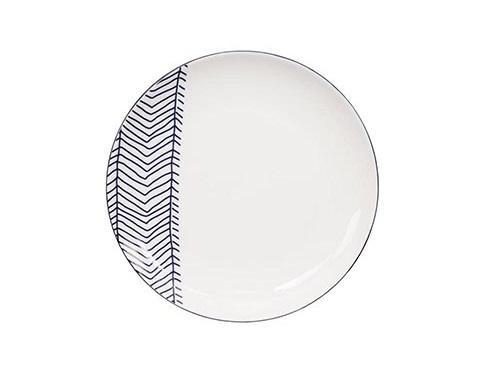 ТарелкаДекоративные тарелки<br>TOKYO – ведущая компания по производству посуды из фарфора и керамики. Особый дизайн и качественное исполнение делают ее востребованной и узнаваемой во всем мире.<br><br>Material: Фарфор<br>Diameter см: 20