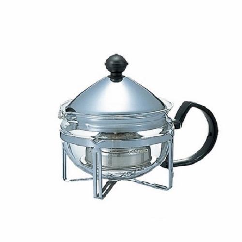 ЧайникЧайники<br>Посуда HARIO - это японская чайно - кофейная посуда из термостойкого стекла с оригинальным дизайном и высочайшим качеством. Для её производства используются только экологически чистые натуральные материалы, один из которых – самый белый в мире австралийский песок. С чем можно сравнить тонкое стекло невероятной прочности? Присмотритесь к нему и ощутите тепло, которое исходит от прозрачного, словно слеза, произведения стеклянного искусства.&amp;amp;nbsp;&amp;lt;div&amp;gt;&amp;lt;br&amp;gt;&amp;lt;/div&amp;gt;&amp;lt;div&amp;gt;Материал: стекло, нержавеющая сталь.&amp;lt;br&amp;gt;&amp;lt;/div&amp;gt;&amp;lt;div&amp;gt;Объем: 600 мл.&amp;lt;br&amp;gt;&amp;lt;/div&amp;gt;<br><br>Material: Сталь