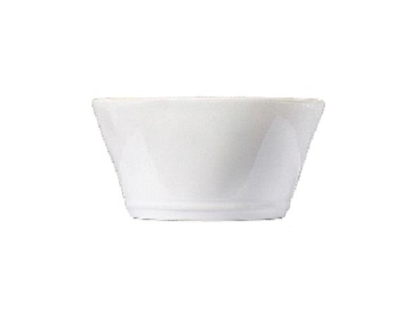 ЧашаЧаши<br>Costa Nova (Португалия) – керамическая посуда из самого сердца Португалии. Она максимально эстетична и функциональна. Керамическая посуда Costa Nova абсолютно устойчива к мытью, даже в посудомоечной машине, ее вполне можно использовать для замораживания продуктов и в микроволновой печи, при этом можно не бояться повредить эту великолепную глазурь и свежие краски. Такую посуду легко мыть, при ее очистке можно использовать металлические губки – и все это благодаря прочному глазурованному покрытию.&amp;amp;nbsp;<br><br>Material: Керамика<br>Diameter см: 14