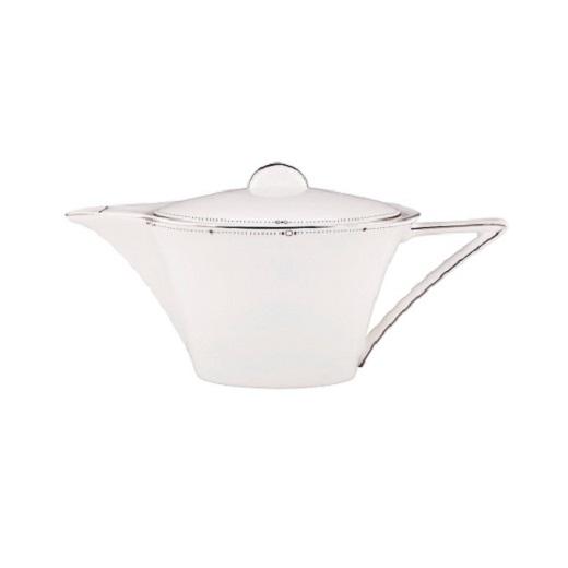 ЧайникЧайники<br>MIKASA по праву считается одним из мировых лидеров по производству столовой посуды из фарфора и керамики. На протяжении более полувека категории качества и дизайна являются неотъемлемой частью бренда MIKASA. Сегодня MIKASA сотрудничает со многими известными дизайнерами, работающими для лучших фабрик мира, и использует самые передовые технологии в производстве посуды. Все продукты бренда  MIKASA безупречны с точки зрения дизайна и исполнения.&amp;amp;nbsp;&amp;lt;div&amp;gt;&amp;lt;br&amp;gt;&amp;lt;/div&amp;gt;&amp;lt;div&amp;gt;&amp;lt;span style=&amp;quot;font-size: 14px;&amp;quot;&amp;gt;Объем: 700 мл.&amp;lt;/span&amp;gt;&amp;lt;br&amp;gt;&amp;lt;/div&amp;gt;<br><br>Material: Фарфор
