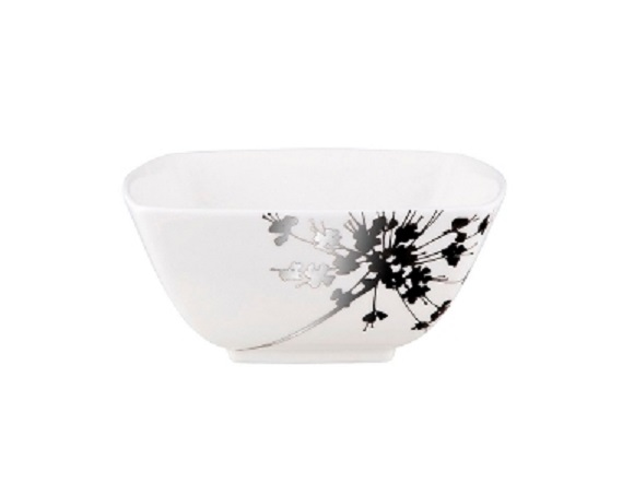 ЧашаМиски и чаши<br>MIKASA по праву считается одним из мировых лидеров по производству столовой посуды из фарфора и керамики. На протяжении более полувека категории качества и дизайна являются неотъемлемой частью бренда MIKASA. Сегодня MIKASA сотрудничает со многими известными дизайнерами, работающими для лучших фабрик мира, и использует самые передовые технологии в производстве посуды. Все продукты бренда  MIKASA безупречны с точки зрения дизайна и исполнения.<br><br>Material: Фарфор<br>Width см: 14<br>Depth см: 14