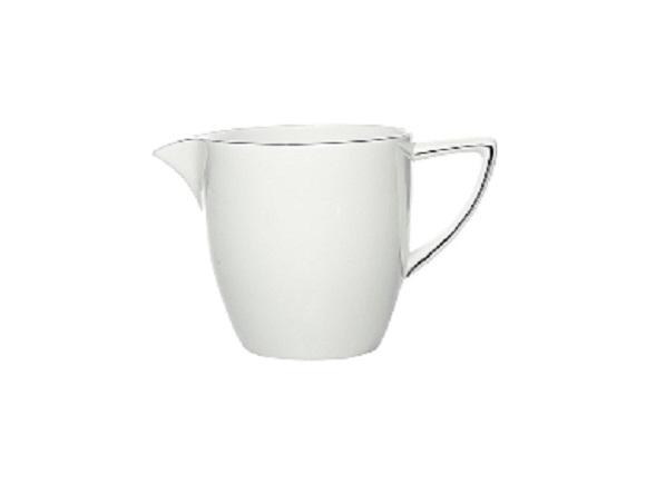 МолочникКофейники и молочники<br>MIKASA по праву считается одним из мировых лидеров по производству столовой посуды из фарфора и керамики. На протяжении более полувека категории качества и дизайна являются неотъемлемой частью бренда MIKASA. Сегодня MIKASA сотрудничает со многими известными дизайнерами, работающими для лучших фабрик мира, и использует самые передовые технологии в производстве посуды. Все продукты бренда  MIKASA безупречны с точки зрения дизайна и исполнения.&amp;amp;nbsp;&amp;lt;div&amp;gt;&amp;lt;br&amp;gt;&amp;lt;/div&amp;gt;&amp;lt;div&amp;gt;&amp;lt;span style=&amp;quot;font-size: 14px;&amp;quot;&amp;gt;Объем: 200 мл&amp;lt;/span&amp;gt;&amp;lt;br&amp;gt;&amp;lt;/div&amp;gt;<br><br>Material: Фарфор