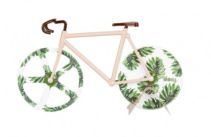 Нож для пиццы fixie tropical vintageНожи<br>Нож для пиццы, выполненный в виде ретро-велосипеда и покрытый узорами в гавайском стиле. Острые «колеса» из нержавеющей стали с легкостью нарежут пиццу, коржи или тесто для печенья на аккуратные части. Стильный и практичный аксессуар.&amp;lt;div&amp;gt;&amp;lt;br&amp;gt;&amp;lt;/div&amp;gt;&amp;lt;div&amp;gt;Материал: нержавеющая сталь&amp;lt;br&amp;gt;&amp;lt;/div&amp;gt;<br><br>Material: Сталь