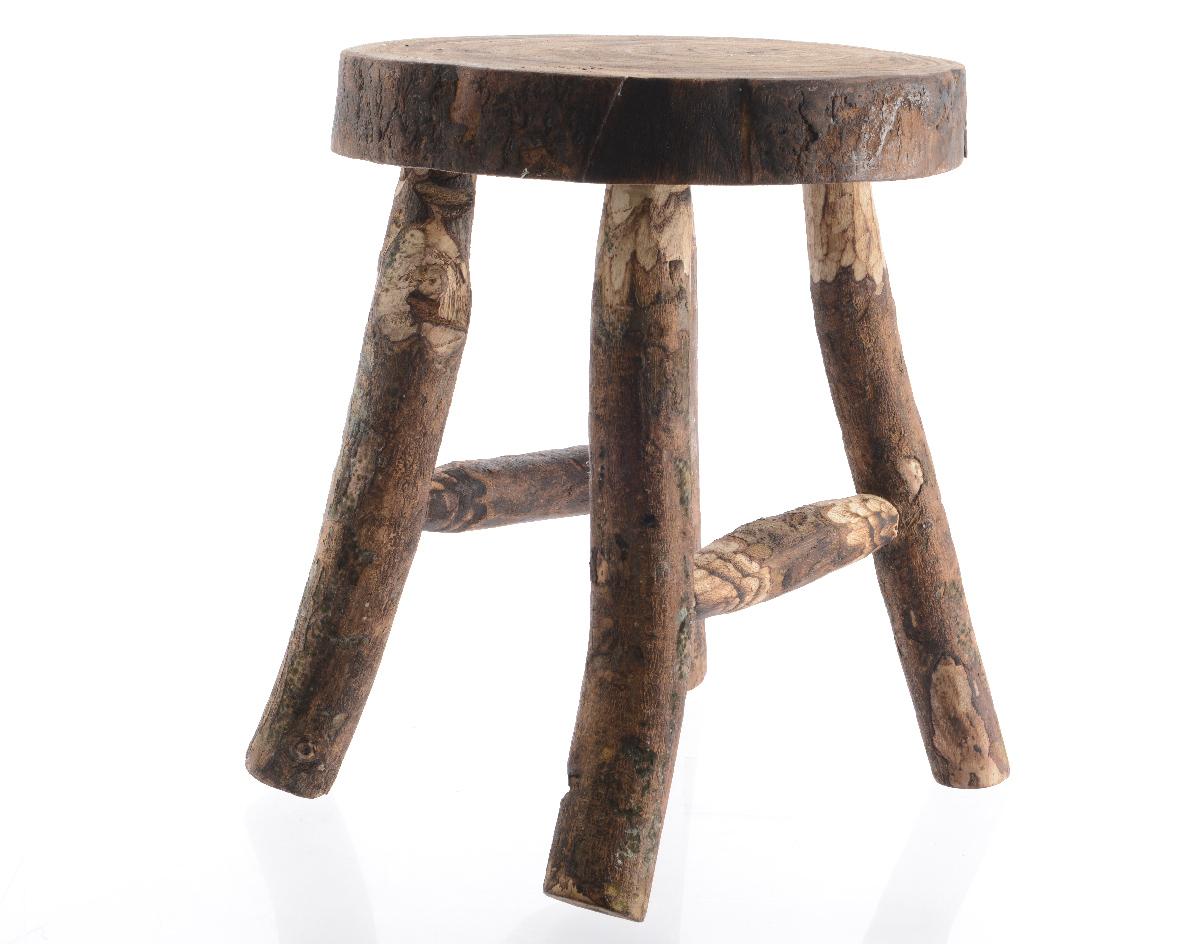 Табурет РустикТабуреты<br><br><br>Material: Дерево<br>Width см: 40<br>Depth см: 30<br>Height см: 45