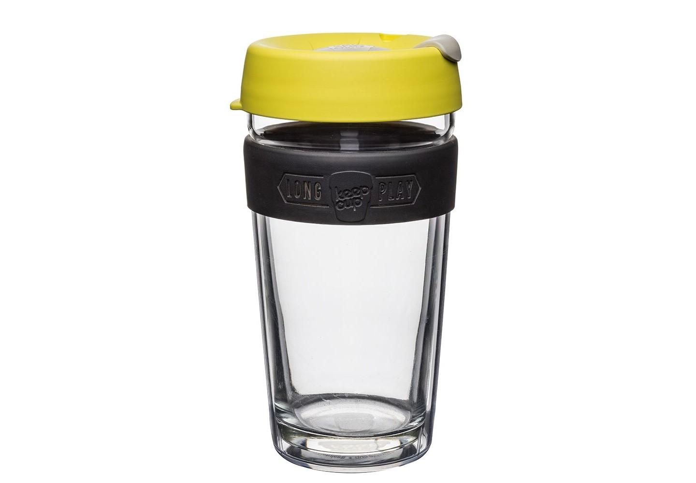 Кружка Keepcup longplay honeyЧайные пары, чашки и кружки<br>Новая версия культовых кружек Keepcup с еще более удобной крышкой. Двойной корпус теперь состоит из стекла и пластика Tritan. Кружка, созданная с мыслями о вас и о планете. Главная идея KeepCup – вдохновить любителей кофе отказаться от использования одноразовых бумажных и пластиковых стаканов, так как их производство и утилизация наносят вред окружающей среде. В год производится и выбрасывается около 500 миллиардов одноразовых стаканчиков, а ведь планета у нас всего одна! <br><br>Но главный плюс кружки  – привлекательный и яркий дизайн, который станет отражением вашего личного стиля. Берите её в кафе или наливайте кофе, чай, сок дома, чтобы взять с собой - пить вкусные напитки на ходу, на работе или на пикнике. Специальная крышка с открывающимся и закрывающимся клапаном спасет от брызг, а силиконовый ободок поможет не обжечься (плюс, удобно держать кружку в руках.<br>Крышка сделана из нетоксичного пластика без содержания вредного бисфенола (BPA-free). <br><br>Стеклянная кружка теперь дополнена съемным корпусом из пластика Tritan.<br>Благодаря этой особенности кружка лучше сохраняет тепло и предотвращает образование конденсата, если напиток со льдом. Корпус не дает обжечься и защищает руку от холода.&amp;lt;div&amp;gt;&amp;lt;br&amp;gt;&amp;lt;/div&amp;gt;&amp;lt;div&amp;gt;Объем: 454 мл.&amp;lt;br&amp;gt;&amp;lt;/div&amp;gt;<br><br>Material: Стекло<br>Height см: 15,8<br>Diameter см: 8,8