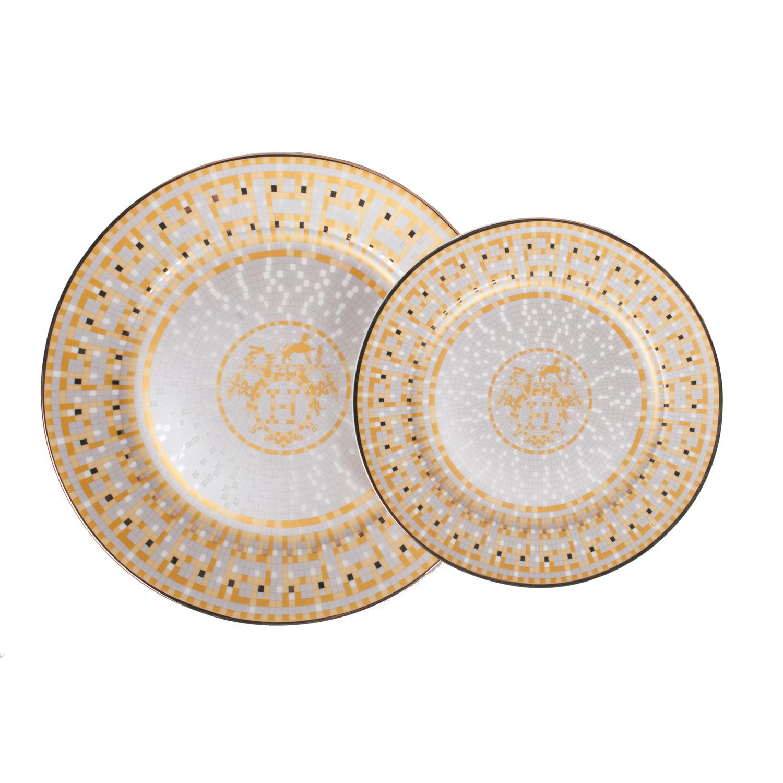 Комплект тарелок Dominion (2шт)Тарелки<br><br><br>Material: Фарфор<br>Depth см: None<br>Height см: 2<br>Diameter см: 26,7