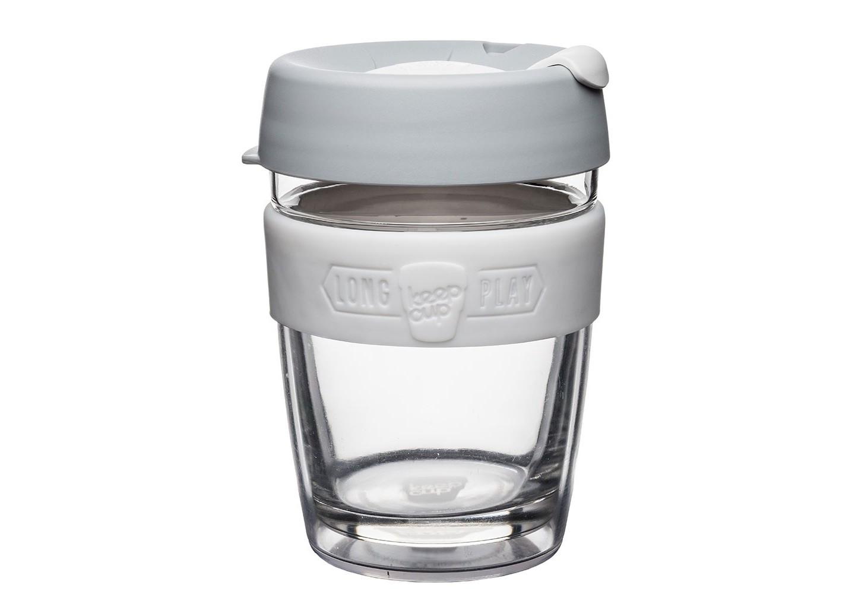 Кружка Keepcup longplay cinoЧайные пары, чашки и кружки<br>Новая версия культовых кружек Keepcup с еще более удобной крышкой. Двойной корпус теперь состоит из стекла и пластика Tritan. Кружка, созданная с мыслями о вас и о планете. Главная идея KeepCup – вдохновить любителей кофе отказаться от использования одноразовых бумажных и пластиковых стаканов, так как их производство и утилизация наносят вред окружающей среде. В год производится и выбрасывается около 500 миллиардов одноразовых стаканчиков, а ведь планета у нас всего одна! <br><br>Но главный плюс кружки  – привлекательный и яркий дизайн, который станет отражением вашего личного стиля. Берите её в кафе или наливайте кофе, чай, сок дома, чтобы взять с собой - пить вкусные напитки на ходу, на работе или на пикнике. Специальная крышка с открывающимся и закрывающимся клапаном спасет от брызг, а силиконовый ободок поможет не обжечься (плюс, удобно держать кружку в руках.<br>Крышка сделана из нетоксичного пластика без содержания вредного бисфенола (BPA-free). <br><br>Стеклянная кружка теперь дополнена съемным корпусом из пластика Tritan.<br>Благодаря этой особенности кружка лучше сохраняет тепло и предотвращает образование конденсата, если напиток со льдом. Корпус не дает обжечься и защищает руку от холода.&amp;lt;div&amp;gt;&amp;lt;br&amp;gt;&amp;lt;/div&amp;gt;&amp;lt;div&amp;gt;Объем: 340 мл.&amp;lt;br&amp;gt;&amp;lt;/div&amp;gt;<br><br>Material: Стекло<br>Height см: 13<br>Diameter см: 8,8