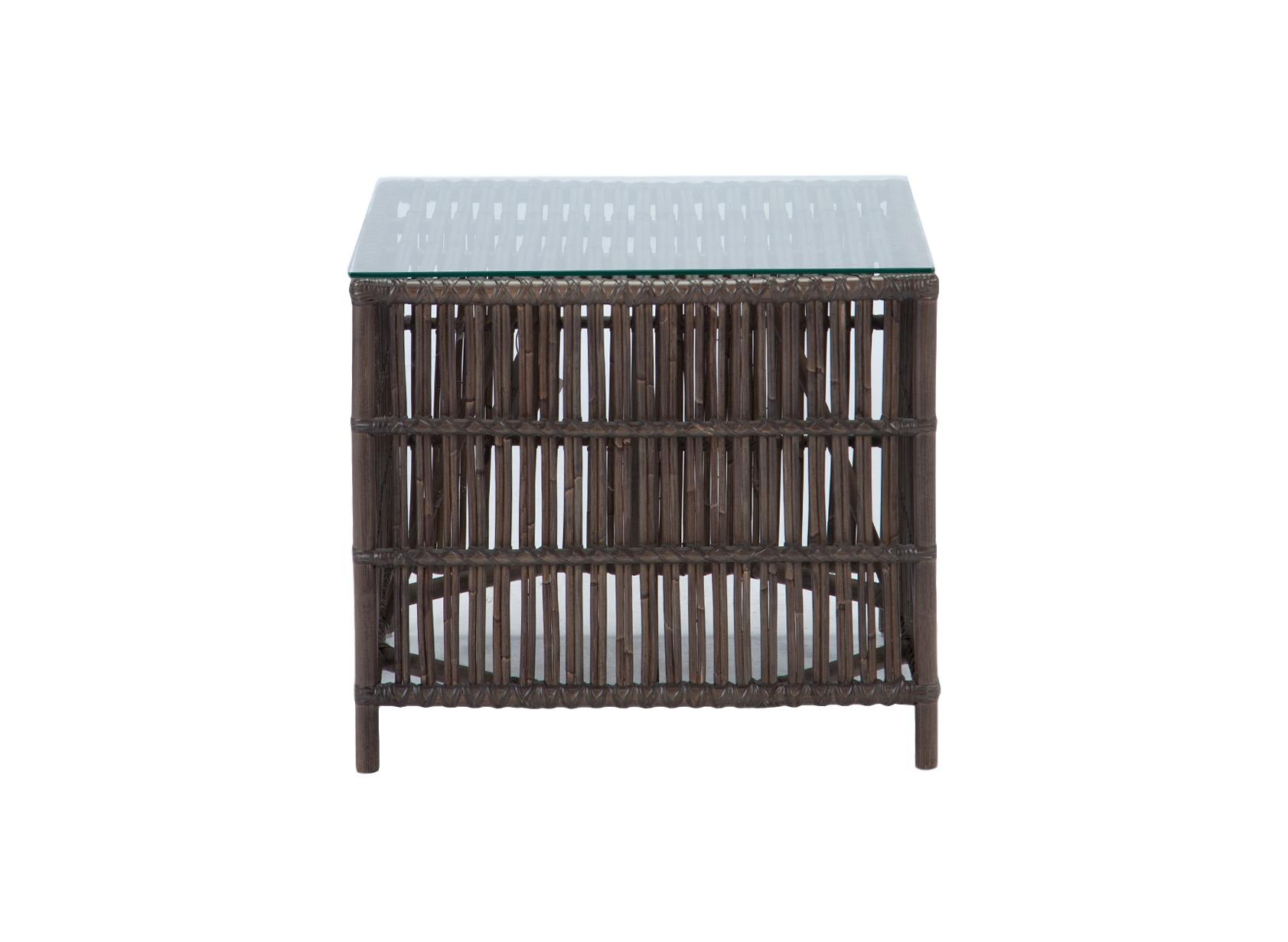 Стол кофейныйКофейные столики<br>Кофейный столик из ротанга со столешницей из прозрачного стекла.<br><br>Material: Ротанг<br>Length см: None<br>Width см: 60<br>Depth см: 60<br>Height см: 54
