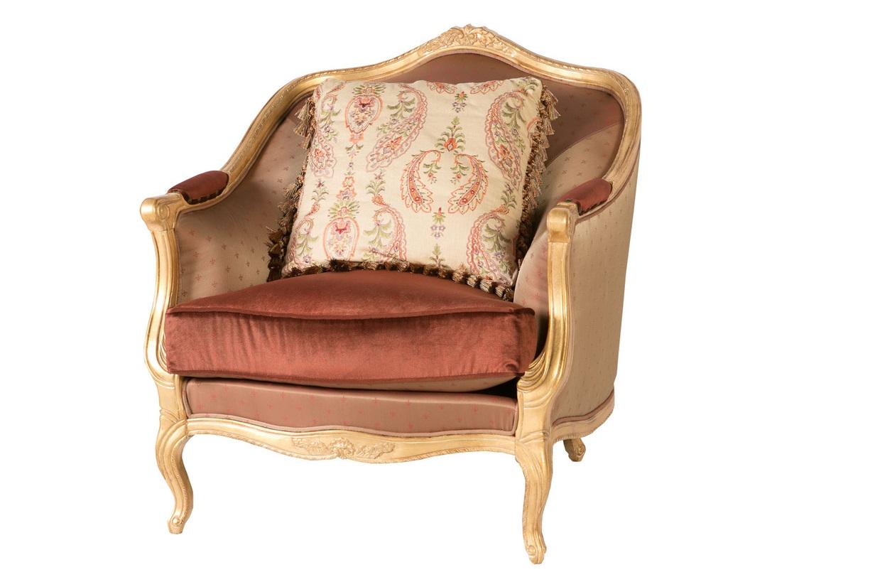 Кресло МеоланИнтерьерные кресла<br>Великолепное кресло из красного дерева в стиле барокко щедро декорировано: гнутые ножки кабриоль, множество резных элементов, в частности, подголовник и подлокотники, пышное сиденье, великолепный текстиль желто-золотых, бронзовых, коричневых оттенков. Кресло впишется как в классический, так и в современный эклектичный интерьер, и придется по вкусу самым взыскательным клиентам, ведь это кресло - воплощение роскоши и уюта.&amp;amp;nbsp;&amp;lt;div&amp;gt;&amp;lt;br&amp;gt;&amp;lt;/div&amp;gt;&amp;lt;div&amp;gt;Цвет: терракотовый, оранжево-персиковый&amp;amp;nbsp;&amp;lt;div&amp;gt;Материал: дерево&amp;lt;br&amp;gt;&amp;lt;/div&amp;gt;&amp;lt;/div&amp;gt;<br><br>Material: Текстиль<br>Length см: 95.0<br>Width см: 95.0<br>Depth см: None<br>Height см: 105.0<br>Diameter см: None