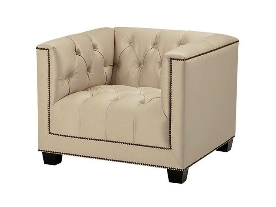 Кресло PaoloИнтерьерные кресла<br>Кресло с подлокотниками Chair Paolo обтянуто тканью песочного цвета. Декор: металлические заклепки. Модель выполнена в технике &amp;quot;Капитоне&amp;quot;.<br><br>Material: Текстиль<br>Ширина см: 94<br>Высота см: 73<br>Глубина см: 85
