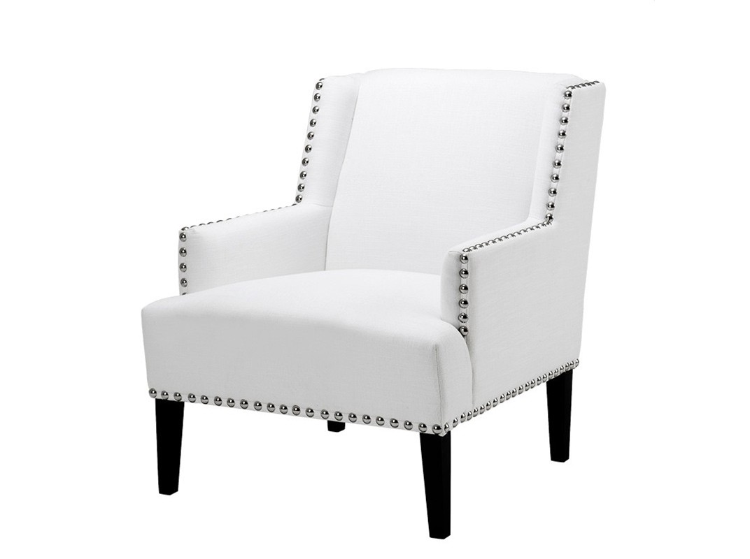 КреслоИнтерьерные кресла<br>Кресло с подлокотниками Chair Club Randall на деревянных черных ножках. Кресло обтянуто льняной тканью белого цвета. Декор: металлические заклепки.<br><br>Material: Лен<br>Width см: 74<br>Depth см: 80<br>Height см: 89
