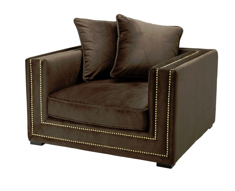 КреслоИнтерьерные кресла<br>Кресло с подлокотниками Chair Mallorca обтянуто тканью коричневого цвета. Декор: металлические заклепки.<br><br>Material: Текстиль<br>Width см: 106<br>Depth см: 112<br>Height см: 64