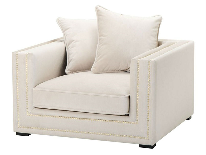 КреслоИнтерьерные кресла<br>Кресло с подлокотниками Chair Mallorca обтянуто тканью молочного цвета. Декор: металлические заклепки.<br><br>Material: Текстиль<br>Ширина см: 112<br>Высота см: 64<br>Глубина см: 106