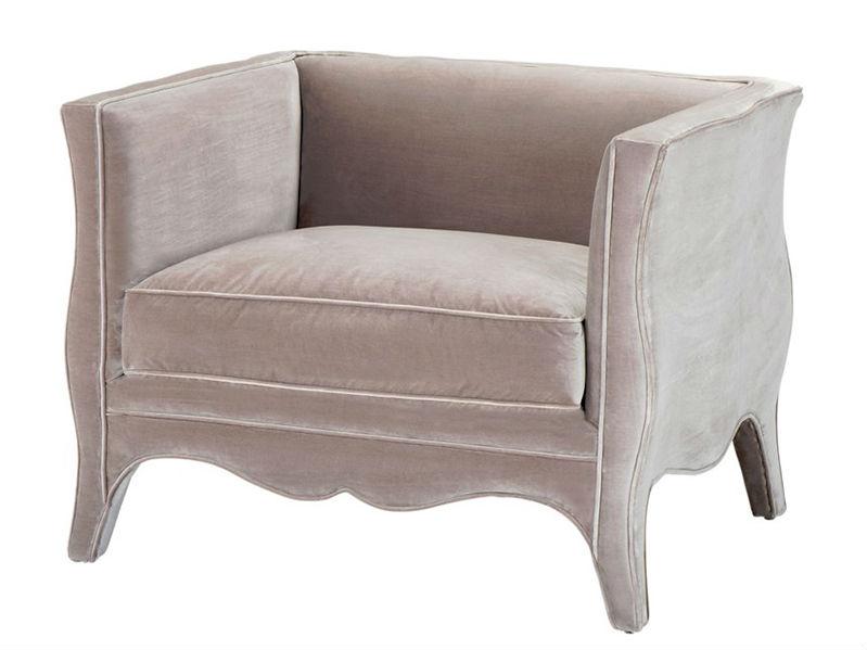 КреслоИнтерьерные кресла<br>Кресло с подлокотниками Chair Bouton обтянуто тканью бежевого цвета.<br><br>Material: Текстиль<br>Ширина см: 97.0<br>Высота см: 76.0<br>Глубина см: 77.0