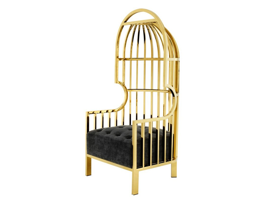 КреслоКресла с высокой спинкой<br>Кресло с подлокотниками Chair Bora Bora выполнено из металла золотого цвета. Сидушка обтянута вельветовой тканью черного цвета. Модель выполнена в технике &amp;quot;Капитоне&amp;quot;.<br><br>Material: Текстиль<br>Width см: 68<br>Depth см: 68<br>Height см: 150
