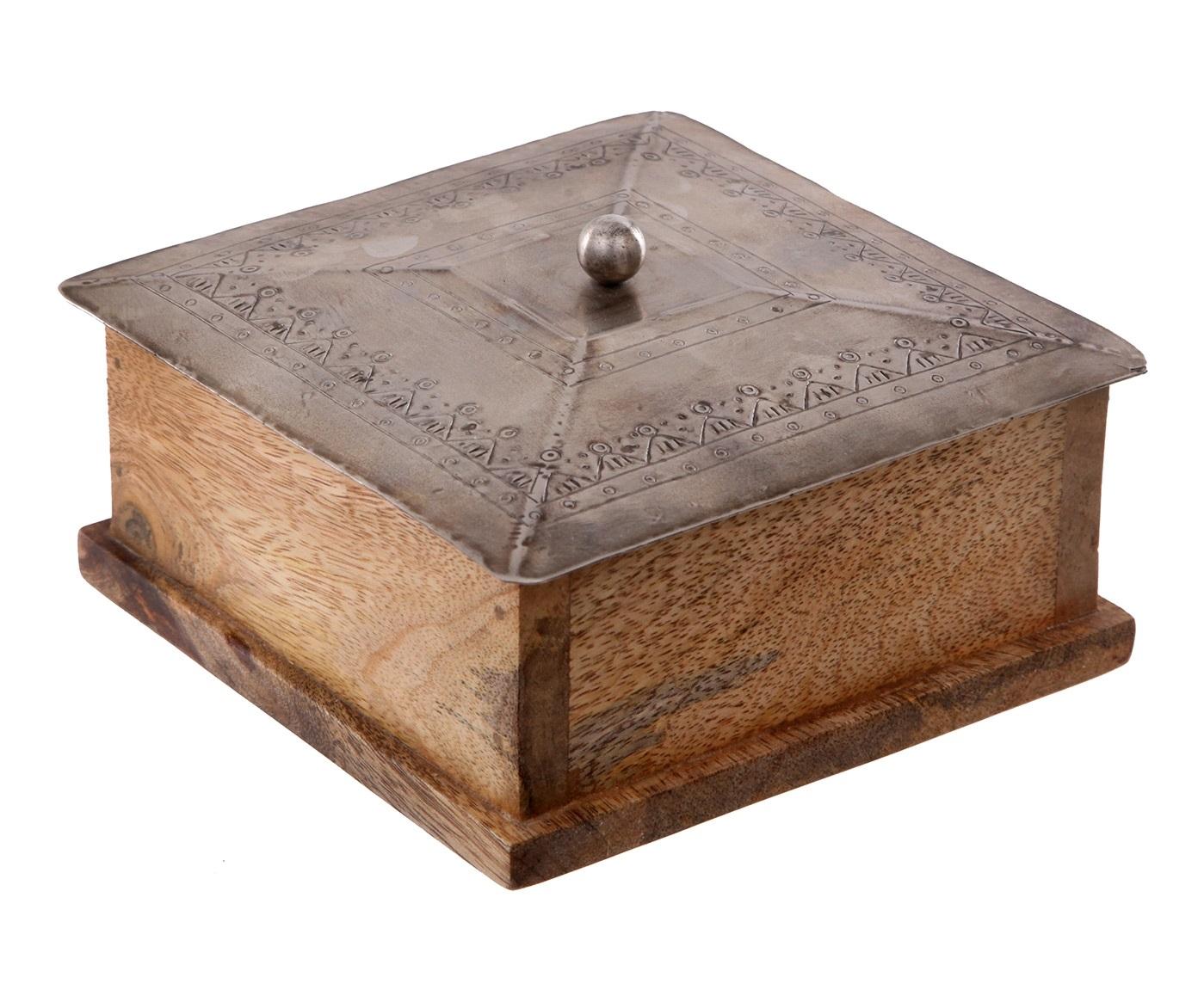 Шкатулка AnticШкатулки<br><br><br>Material: Дерево<br>Length см: None<br>Width см: 14<br>Depth см: 14<br>Height см: 8