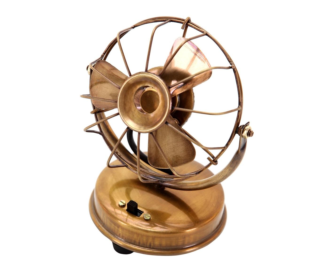 Мини вентилятор AnticДругое<br><br><br>Material: Латунь<br>Ширина см: 12<br>Высота см: 15<br>Глубина см: 9