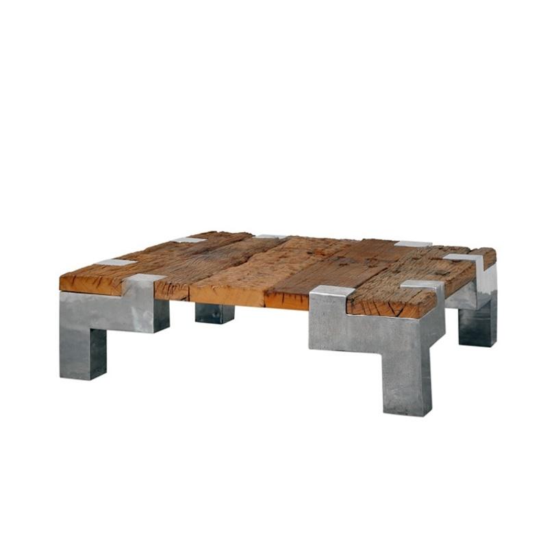 Cтол кофейный Prius 80Кофейные столики<br>Чудесный кофейный стол в стиле лофт выполнен из неотесанного массива тика, который в сочетании с тяжелым металлическим основанием создает брутальный образ пространства.<br><br>Срок изготовления 6 месяцев<br><br>Material: Тик<br>Length см: 80.0<br>Width см: 80.0<br>Depth см: None<br>Height см: 30.0<br>Diameter см: None