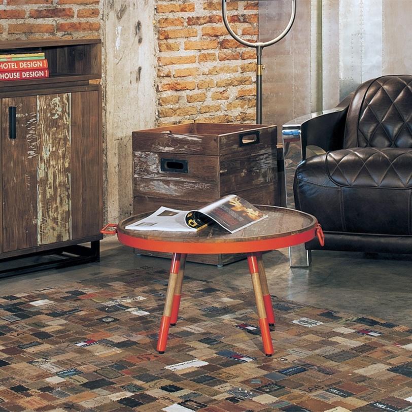 Стол кофейный  Orange 60Кофейные столики<br>&amp;lt;div&amp;gt;Необычная модель от молодого бренда &amp;amp;nbsp;D-bodhi. Компания прославилась уникальной коллекцией мебели из вторично используемого тика и других материалов. При всей простоте дизайна, этот столик имеет замысловатую фактуру. Отделка металлом с элементами тика придает модели благородную «антикварность». Эклектика, как она есть. Столик отлично впишется в винтажный &amp;amp;nbsp;интерьер или сдержанный лофт.&amp;amp;nbsp;&amp;lt;br&amp;gt;&amp;lt;/div&amp;gt;&amp;lt;div&amp;gt;&amp;lt;br&amp;gt;&amp;lt;/div&amp;gt;Кофейный стол-поднос, столешница выполнена из кусочков антикварного тика в металлическом обруче, ножки выполнены из тика с металлом.<br><br>Material: Тик<br>Length см: None<br>Width см: None<br>Depth см: None<br>Height см: 35.0<br>Diameter см: 60.0