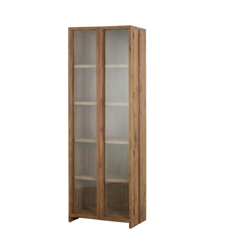 Шкаф-витрина FissaВитрины<br>Высокий шкаф в стиле кантри привлекает внимание к фактурному дереву, из которого он выполнен. Тонкое стекло, практически незаметное, не утяжеляет, а дополняет скандинавский дизайн.<br><br>Возможен высотой: 180 и 220 см.<br><br>Material: Тик<br>Length см: None<br>Width см: 60.0<br>Depth см: 45.0<br>Height см: 220.0<br>Diameter см: None