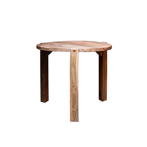 Стол ВендиОбеденные столы<br>ROOMERS – это особенная коллекция, воплощение всего самого лучшего, модного и новаторского в мире дизайнерской мебели, предметов декора и стильных аксессуаров. Интерьерные решения от ROOMERS – всегда актуальны, более того, они - на острие моды. Коллекции ROOMERS тщательно отбираются и обновляются дважды в год специально для вас.<br><br>Material: Тик<br>Height см: 78<br>Diameter см: 80