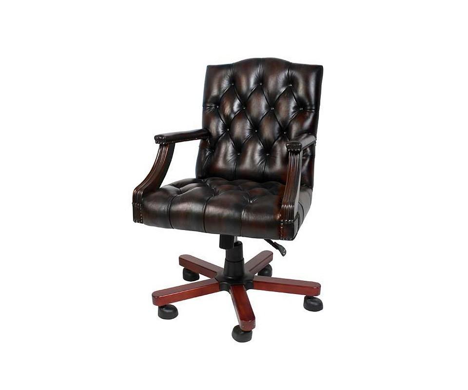 КреслоРабочие кресла<br>Офисное кресло Desk Gainsborough из натуральной кожи вола коричневого цвета с подлокотниками и основанием из дерева. Основание на колесиках. Модель выполнена в технике &amp;quot;Капитоне&amp;quot;.&amp;amp;nbsp;&amp;lt;div&amp;gt;&amp;lt;br&amp;gt;&amp;lt;/div&amp;gt;&amp;lt;div&amp;gt;Высота кресла регулируется от 95 до 101 см.&amp;lt;/div&amp;gt;&amp;lt;div&amp;gt;Состав: 100% кожа вола.&amp;lt;/div&amp;gt;<br><br>Material: Кожа<br>Width см: 63<br>Depth см: 70<br>Height см: 95