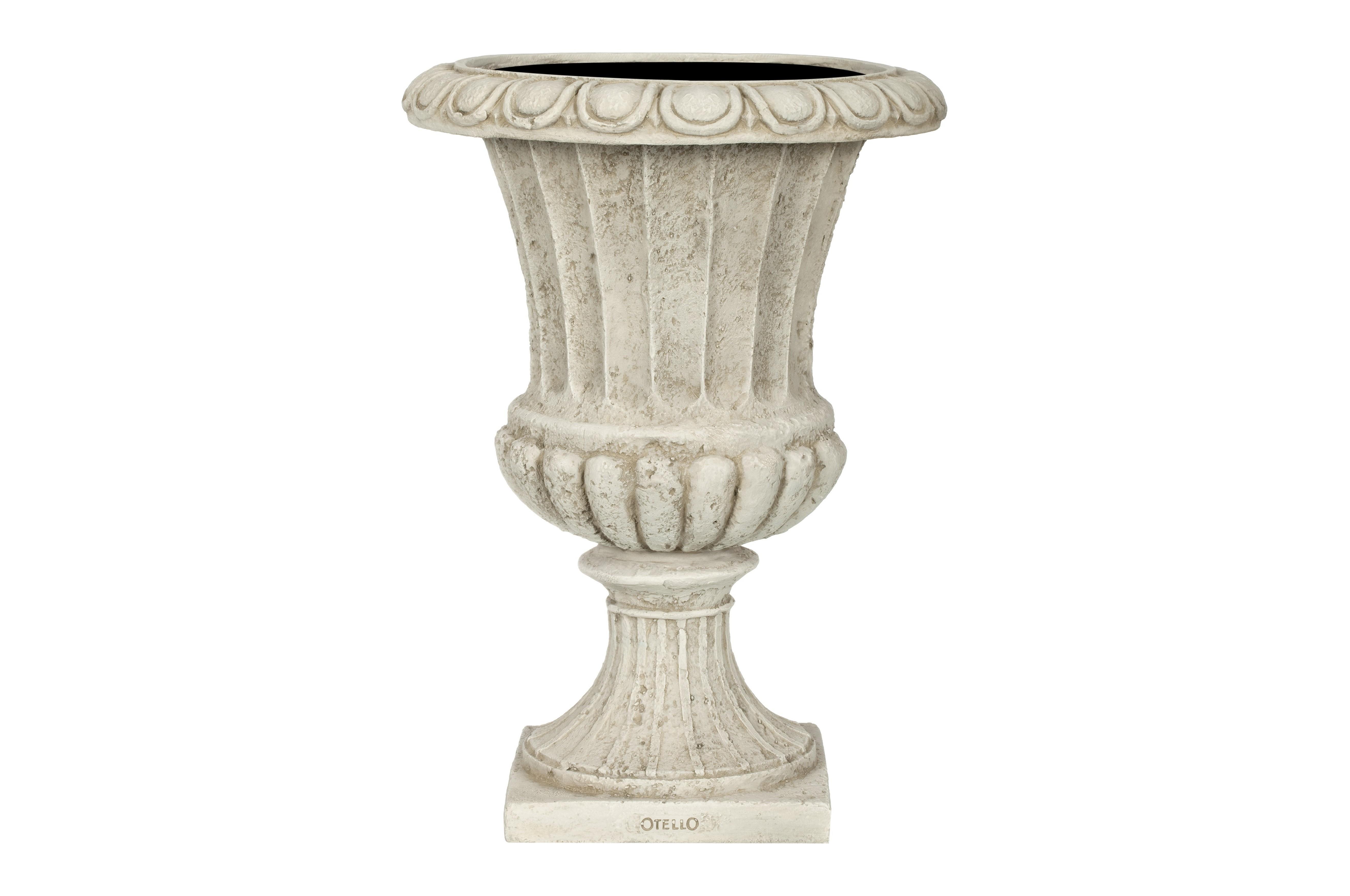 Ваза ГРАССКашпо и подставки для дачи и сада<br>CAPI CLASSIC – это вазы в классическом французском стиле.  Вазы отличаются  декоративной каймой с изысканным цветочным узором.  <br>Коллекцию дополняют пьедесталы, с которыми вазы прекрасно согласуются и величественно выглядят рядом с входной дверью или на классической террасе.  Комплекты из ваз не только позволяют создать  красивую композицию, но и значительно облегчают уход за растениями. С их помощью легко расставить акценты на тропинках, входе в дом или на террасе.<br>Вазы CAPI EUROPE не боятся перепадов температуры и влажности воздуха. Все вазы могут быть использованы в доме и на улице круглый год. На дне каждой вазы есть дренажное отверстие, что позволит уберечь  вазу в морозы.<br><br>Material: Полистоун<br>Высота см: 30