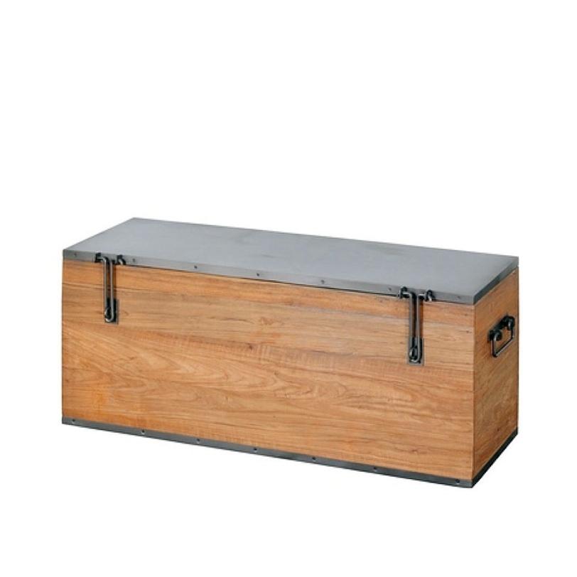 Сундук Ferum 100 DingklikТумбы и сундуки для детской<br>Сундук из Индонезии выполнен из древесины тика. Сундук можно использовать в качестве журнального столика в офисе, в доме, квартире. Необычная отделка и фурнитура выделяет этот сундук из ряда других: крышка и днище, обитые листами железа, крупные петли, боковые ручки.<br><br>Material: Тик<br>Length см: None<br>Width см: 100.0<br>Depth см: 35.0<br>Height см: 43.0<br>Diameter см: None