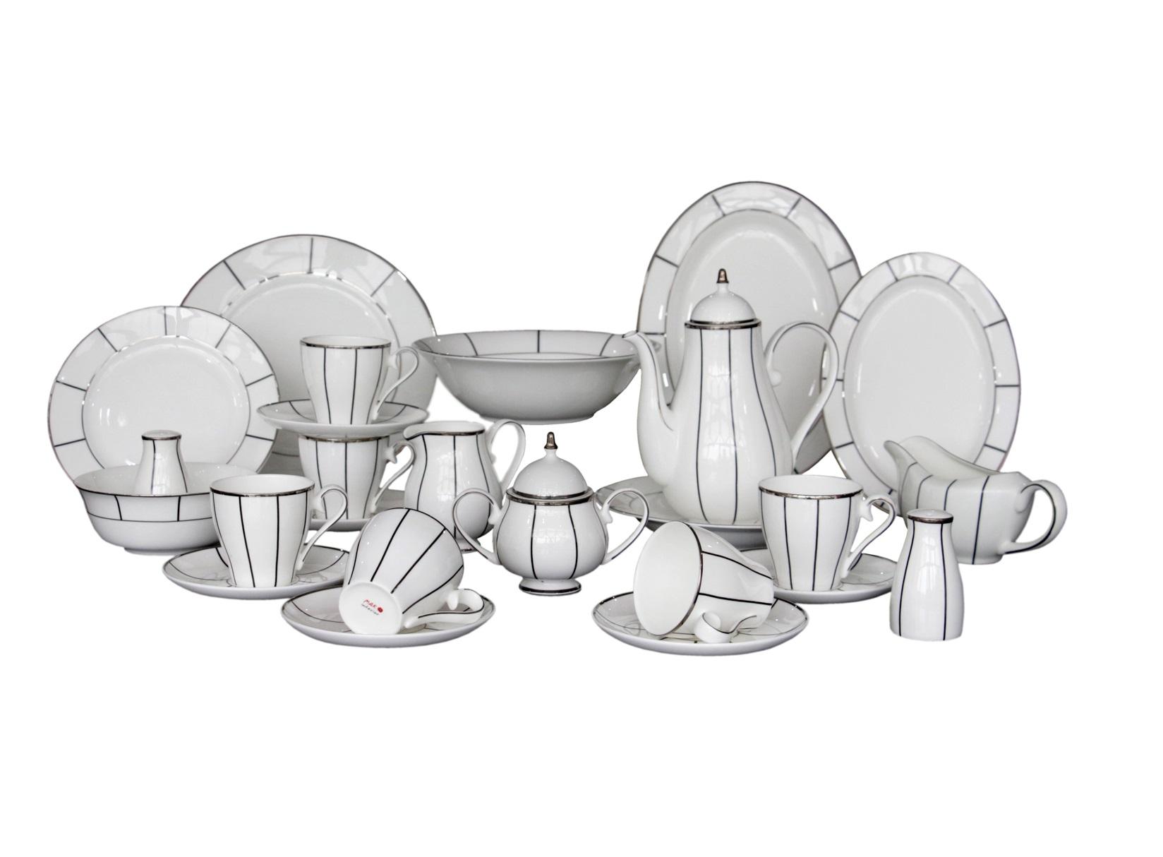 Набор посуды Flavour (26 шт.)Чайные сервизы<br>Грациозный, обворожительный чайный сервиз Flavour отлично дополнит элегантный интерьер Вашей кухни. Его белый цвет удачно гармонирует с серебряными узорами, а классическая форма сервиза привнесет элегантности и тепла в Ваш интерьер.<br>&amp;amp;nbsp;&amp;amp;nbsp;&amp;lt;div&amp;gt;&amp;lt;br&amp;gt;&amp;lt;/div&amp;gt;&amp;lt;div&amp;gt;Состав набора посуды:<br>&amp;amp;nbsp;<br>&amp;amp;nbsp;&amp;lt;/div&amp;gt;&amp;lt;div&amp;gt;1 Блюдо овальное большое: ширина: 31 см, высота: 2,2 см, глубина: 22,8 см;<br>&amp;amp;nbsp;<br>&amp;amp;nbsp;&amp;lt;/div&amp;gt;&amp;lt;div&amp;gt;1 Блюдо овальное малое: ширина: 25,5 см, высота: 1,5 см, глубина: 18 см;<br>&amp;amp;nbsp;<br>&amp;amp;nbsp;&amp;lt;/div&amp;gt;&amp;lt;div&amp;gt;6 обеденных тарелок (большие): диаметр: 26,6 см; высота: 1,8 см;<br>&amp;amp;nbsp;<br>&amp;amp;nbsp;&amp;lt;/div&amp;gt;&amp;lt;div&amp;gt;6 обеденных тарелок (малые): диаметр: 20,5 см; высота: 1,3 см;<br>&amp;amp;nbsp;<br>&amp;amp;nbsp;&amp;lt;/div&amp;gt;&amp;lt;div&amp;gt;1 соусник: высота 7 см; ширина: 20 см; глубина: 8,5 см;<br>&amp;amp;nbsp;<br>&amp;amp;nbsp;&amp;lt;/div&amp;gt;&amp;lt;div&amp;gt;2 перечницы: высота 8,8 см; диаметр: 5 см;<br>&amp;amp;nbsp;<br>&amp;amp;nbsp;&amp;lt;/div&amp;gt;&amp;lt;div&amp;gt;2 салатника: диаметр 15 см; высота 5,8 см;<br>&amp;amp;nbsp;<br>&amp;amp;nbsp;&amp;lt;/div&amp;gt;&amp;lt;div&amp;gt;6 суповых тарелок: диаметр 23 см; высота: 3,4 см; &amp;amp;nbsp;&amp;amp;nbsp;&amp;lt;/div&amp;gt;&amp;lt;div&amp;gt;&amp;lt;br&amp;gt;&amp;lt;/div&amp;gt;&amp;lt;div&amp;gt;Материал Костяной фарфор.&amp;lt;/div&amp;gt;<br><br>Material: Фарфор<br>Ширина см: 31<br>Высота см: 2<br>Глубина см: 22