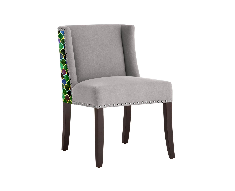 Стул Chameleo EddieПолукресла<br>Уникальный дизайн. Полукресло-стул с принтом супер талантливого художника из Бангладеш Amir Faysal. Амир популярен во всем мире и эксклюзивно сотрудничает с Российским брендом ICON DESIGNE. Эти стулья можно использовать как в гостиной, так и в столовой! Идеально впишутся в интерьер! Произведено из экологически чистых материалов. Каркас ,ножки  - дуб. Модель представлена в ткани микровелюр – мягкий, бархатистый материал, широко используемый в качестве обивки для мебели. Обладает целым рядом замечательных свойств: отлично пропускает воздух, отталкивает пыль и долго сохраняет изначальный цвет, не протираясь и не выцветая. Высокие эксплуатационные свойства в сочетании с превосходным дизайном обеспечили микровелюру большую популярность.&amp;amp;nbsp;&amp;lt;div&amp;gt;&amp;lt;br&amp;gt;&amp;lt;/div&amp;gt;&amp;lt;div&amp;gt;Варианты исполнения: <br>По желанию возможность выбрать ткань из других коллекций.&amp;amp;nbsp;&amp;lt;/div&amp;gt;&amp;lt;div&amp;gt;Гарантия: от производителя 1 год&amp;amp;nbsp;&amp;lt;/div&amp;gt;&amp;lt;div&amp;gt;Гарантия от производителя&amp;amp;nbsp;&amp;lt;/div&amp;gt;&amp;lt;div&amp;gt;Материалы: дуб, текстиль.&amp;amp;nbsp;&amp;lt;/div&amp;gt;&amp;lt;div&amp;gt;Продукция изготавливается под заказ, стандартный срок производства 3-4 недели.&amp;amp;nbsp;&amp;lt;/div&amp;gt;&amp;lt;div&amp;gt;Более точную информацию уточняйте у менеджера.&amp;lt;/div&amp;gt;<br><br>Material: Текстиль<br>Высота см: 82<br>Глубина см: 58