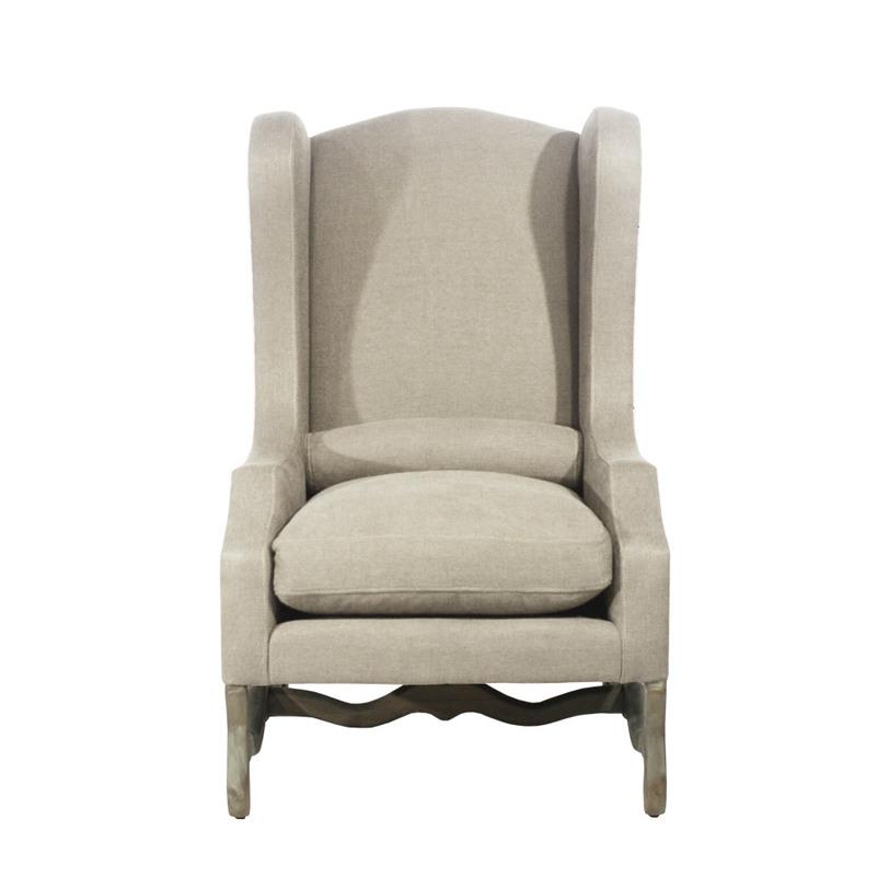 Кресло LA MANCHEКресла с высокой спинкой<br>Оригинальное кресло с высокой спинкой, края которой загнуты вовнутрь, таким образом, сидящему в нем дается возможность уединиться, погрузиться в собственные мысли или сосредоточиться на серьезном вопросе. Поясничный валик, дополняющий модель, позволит с комфортом разместиться в кресле и хорошо отдохнуть, даже если на отдых почти нет времени.<br><br>Варианты обивки:<br>- коричневая ткань (кофейный оттенок)<br><br>Material: Дерево<br>Width см: 74.0<br>Depth см: 86.0<br>Height см: 119.0