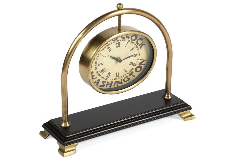 Часы настольныеНастольные часы<br>кварцевый механизм<br><br>Material: Металл<br>Ширина см: 33<br>Высота см: 28<br>Глубина см: 12