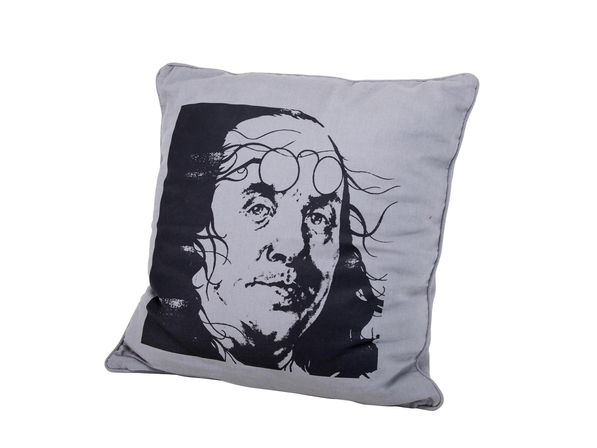 Подушка «Дали»Квадратные подушки<br>Чехлы для подушек от датского дизайнера Annette Egholm.<br><br>Material: Текстиль<br>Width см: 40<br>Depth см: 10<br>Height см: 40