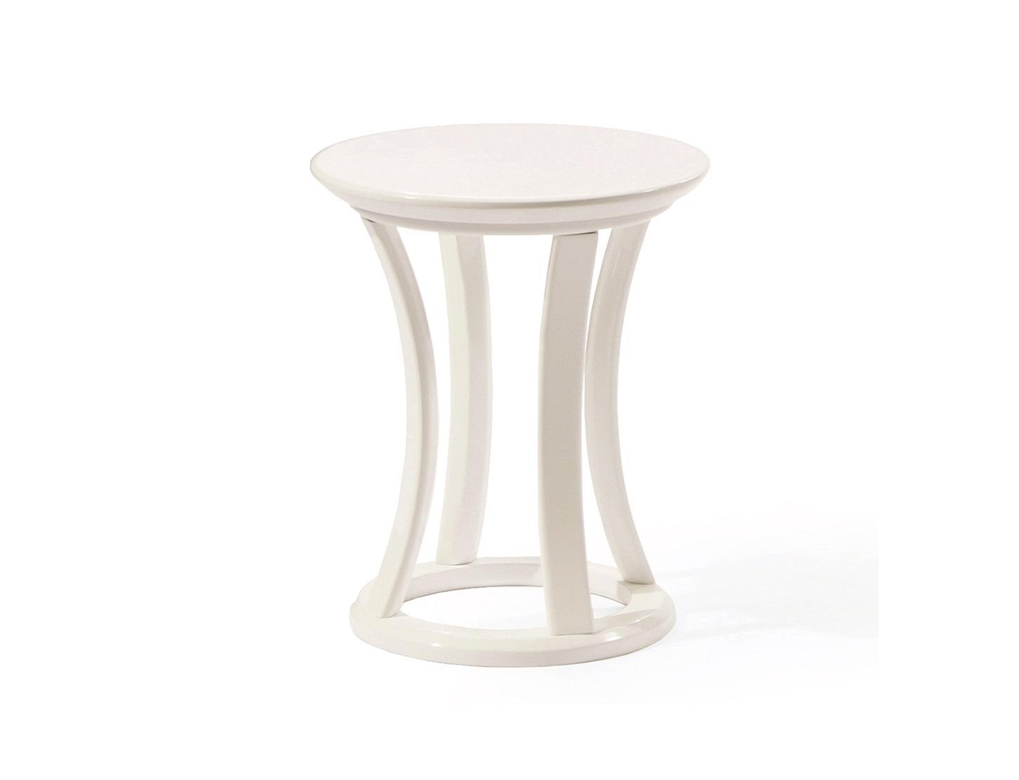 """Кофейный столик Apriori SКофейные столики<br>Кофейный столик отлично сочетается с предметами серии """"Apriori"""" (10 вариантов тонировок).<br><br>Material: Береза<br>Length см: None<br>Width см: None<br>Height см: 50<br>Diameter см: 42"""