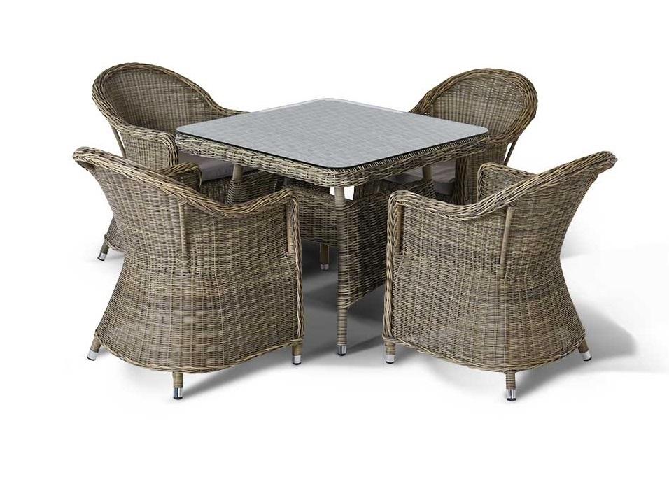 Комплект уличной мебели Венето малыйКомплекты уличной мебели<br>Обеденная группа на 4 персоны, Все кресла с подушкамии подушками, алюминиевый каркас, искусственный ротанг. Плетение круглое&amp;lt;div&amp;gt;&amp;lt;br&amp;gt;&amp;lt;/div&amp;gt;&amp;lt;div&amp;gt;Размеры:&amp;lt;/div&amp;gt;&amp;lt;div&amp;gt;&amp;lt;span style=&amp;quot;font-size: 14px;&amp;quot;&amp;gt;Стол: 90x90x70&amp;lt;/span&amp;gt;&amp;lt;br&amp;gt;&amp;lt;/div&amp;gt;&amp;lt;div&amp;gt;&amp;lt;div&amp;gt;Кресла: 70x62x86&amp;amp;nbsp;&amp;lt;/div&amp;gt;&amp;lt;/div&amp;gt;<br><br>Material: Ротанг<br>Length см: None<br>Width см: 62<br>Depth см: 77<br>Height см: 86