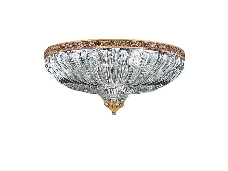 Люстра MilanoЛюстры потолочные<br>Потолочный светильник из коллекции Milano на металлической арматуре. Плафон выполнен из прозрачного хрусталя. Цвет арматуры: золотой с черной патиной.<br>4 x 40 Вт, Е14<br><br>Material: Хрусталь<br>Height см: 20<br>Diameter см: 41