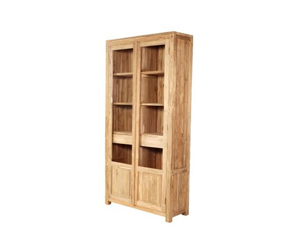 Шкаф JORDIEКнижные шкафы и библиотеки<br>ROOMERS – это особенная коллекция, воплощение всего самого лучшего, модного и новаторского в мире дизайнерской мебели, предметов декора и стильных аксессуаров. Интерьерные решения от ROOMERS – всегда актуальны, более того, они - на острие моды. Коллекции ROOMERS тщательно отбираются и обновляются дважды в год специально для вас.<br><br>Material: Тик<br>Width см: 110<br>Depth см: 40<br>Height см: 220