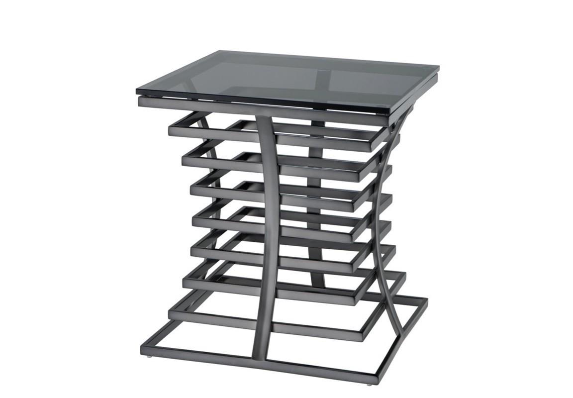 СтолПриставные столики<br>Прикроватный столик Side Table Barolo на металлическом основании бронзового цвета. Столешница выполнена из плотного стекла дымчатого цвета.<br><br>Material: Стекло<br>Width см: 50<br>Depth см: 50<br>Height см: 55