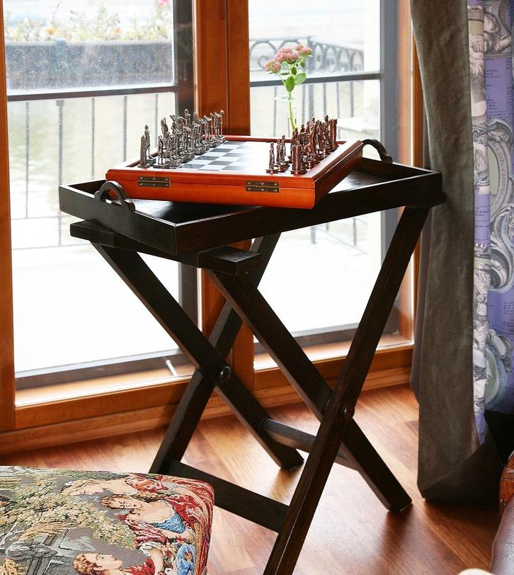 Стол раскладной  KalimantanСервировочные столики<br>&amp;quot;Kalimantan&amp;quot; ? столик, который позволит вам побаловать себя и своих близких. Изготовленный из благородного массива тика, он оснащен удобным съемным подносом. Благодаря ему можно элегантно подать завтрак в постель, не опасаясь за чистоту. Лаконично оформленный стол также можно использовать в качестве приставного.&amp;amp;nbsp;&amp;lt;div&amp;gt;&amp;lt;br&amp;gt;&amp;lt;/div&amp;gt;&amp;lt;div&amp;gt;Возможен в отделке walnut brown, dark brown (под заказ).&amp;lt;/div&amp;gt;<br><br>Material: Тик<br>Length см: 60.0<br>Width см: 40.0<br>Depth см: None<br>Height см: 73.0<br>Diameter см: None