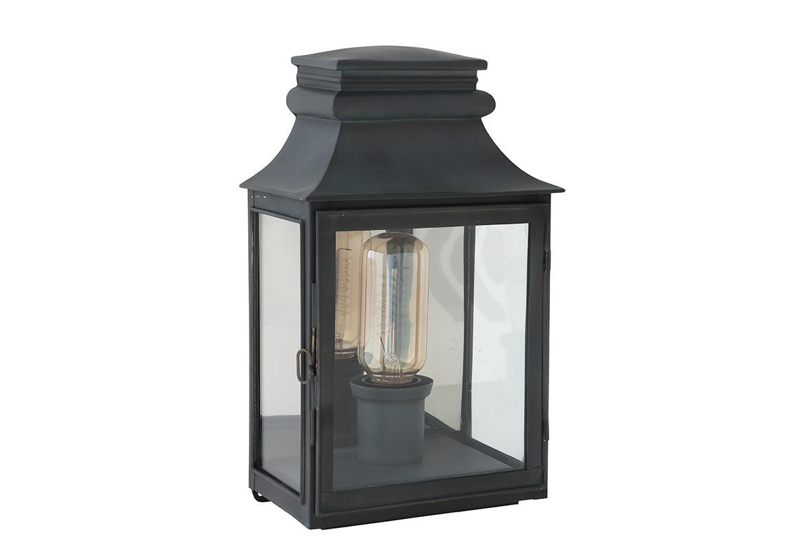 Primo LargeУличные настенные светильники<br>Настенный светильник Primo Large выполнен в виде фонаря со стеклянной створкой.&amp;amp;nbsp;&amp;lt;div&amp;gt;&amp;lt;br&amp;gt;&amp;lt;/div&amp;gt;&amp;lt;div&amp;gt;&amp;lt;div&amp;gt;Цоколь: E27&amp;lt;/div&amp;gt;&amp;lt;div&amp;gt;Мощность: 40W&amp;lt;/div&amp;gt;&amp;lt;div&amp;gt;Количество ламп: 1&amp;lt;/div&amp;gt;&amp;lt;/div&amp;gt;<br><br>Material: Металл<br>Width см: 22<br>Depth см: 14<br>Height см: 37