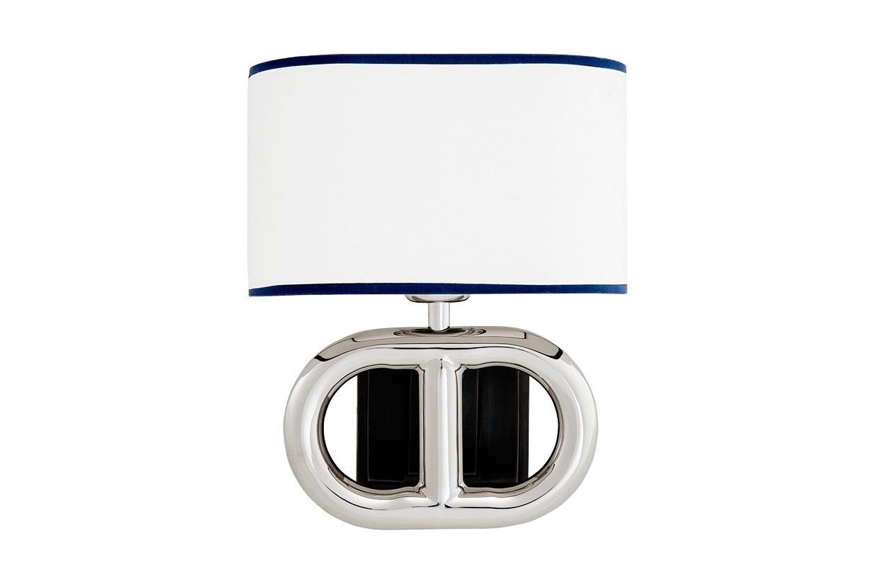 Настольная лампа St ThomasДекоративные лампы<br>Настольная лампа St Thomas с текстильным абажуром белого цвета с синим кантом.&amp;amp;nbsp;&amp;lt;div&amp;gt;&amp;lt;br&amp;gt;&amp;lt;/div&amp;gt;&amp;lt;div&amp;gt;&amp;lt;div&amp;gt;Вид цоколя: E27&amp;lt;/div&amp;gt;&amp;lt;div&amp;gt;Мощность: 40W&amp;lt;/div&amp;gt;&amp;lt;div&amp;gt;Количество ламп: 1&amp;lt;/div&amp;gt;&amp;lt;/div&amp;gt;&amp;lt;div&amp;gt;&amp;lt;br&amp;gt;&amp;lt;/div&amp;gt;&amp;lt;div&amp;gt;Цвет арматуры - стальной.&amp;lt;br&amp;gt;&amp;lt;/div&amp;gt;&amp;lt;div&amp;gt;Внутри основания лампы вставка из темного дерева.&amp;lt;/div&amp;gt;<br><br>Material: Текстиль<br>Width см: 22<br>Depth см: 19<br>Height см: 29
