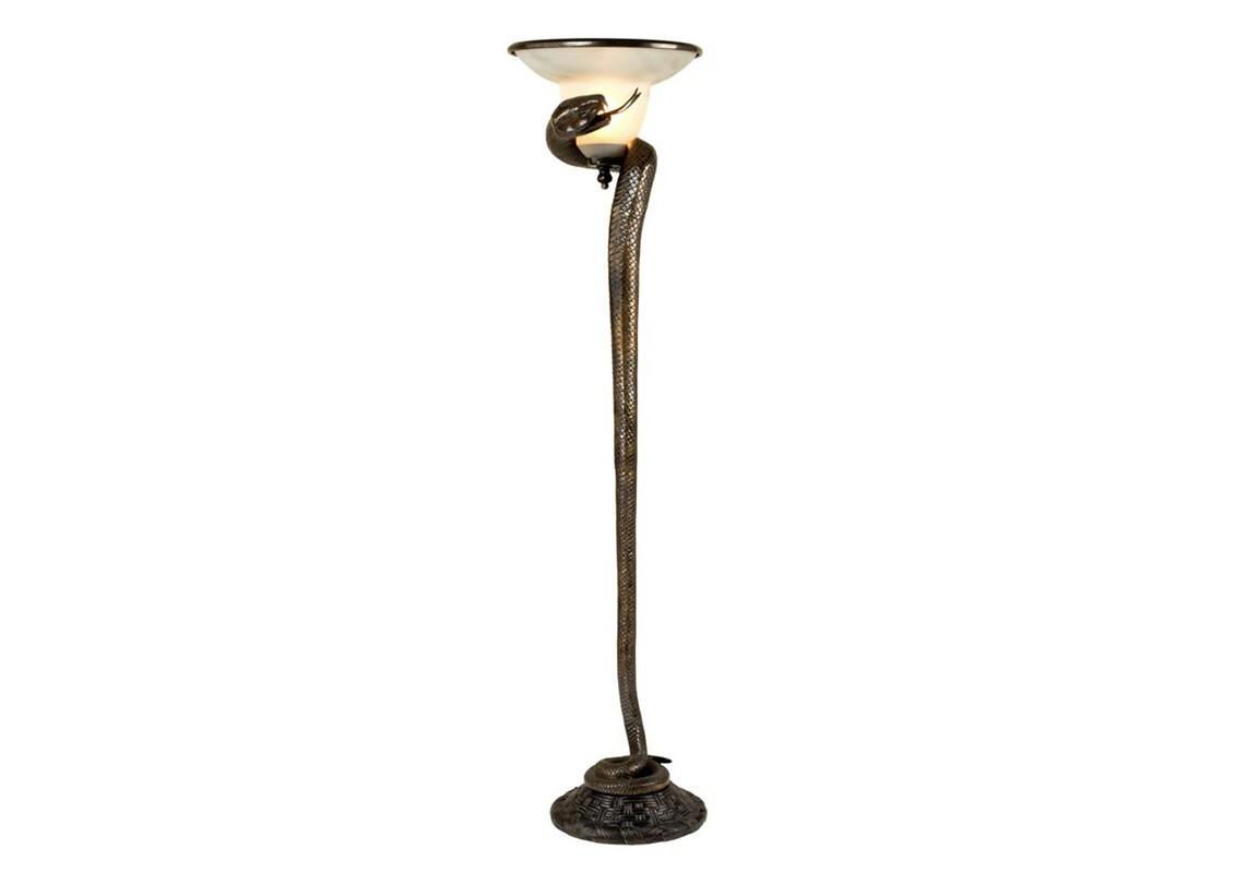 Торшер CobraТоршеры<br>Торшер Floor Lamp Cobra с оригинальным дизайном в виде кобры из металла бронзового цвета. Плафон выполнен из матового белого стекла.&amp;lt;div&amp;gt;&amp;lt;br&amp;gt;&amp;lt;/div&amp;gt;&amp;lt;div&amp;gt;&amp;lt;div&amp;gt;Цоколь: E27&amp;lt;/div&amp;gt;&amp;lt;div&amp;gt;Мощность: 40W&amp;lt;/div&amp;gt;&amp;lt;div&amp;gt;Количество ламп: 1&amp;lt;/div&amp;gt;&amp;lt;/div&amp;gt;<br><br>Material: Металл<br>Height см: 158<br>Diameter см: 33
