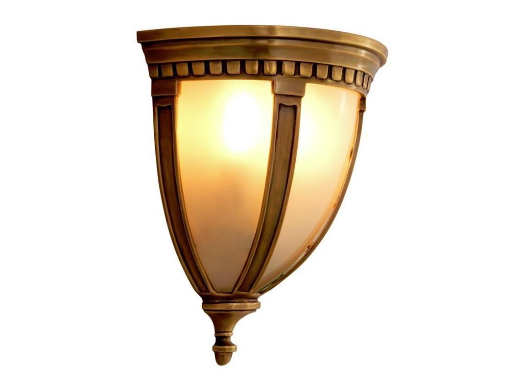 Настенный светильник MassenaБра<br>Настенный светильник Wall lamp Massena с оригинальным дизайном. Выполнен из металла цвета античная латунь. Створки плафона выполнены из матового стекла бело-песочного цвета.&amp;lt;div&amp;gt;&amp;lt;br&amp;gt;&amp;lt;/div&amp;gt;&amp;lt;div&amp;gt;&amp;lt;div&amp;gt;Цоколь: E14&amp;lt;/div&amp;gt;&amp;lt;div&amp;gt;Мощность: 40W&amp;lt;/div&amp;gt;&amp;lt;div&amp;gt;Количество ламп: 2&amp;lt;/div&amp;gt;&amp;lt;/div&amp;gt;<br><br>Material: Металл<br>Width см: 31<br>Depth см: 19<br>Height см: 35.5