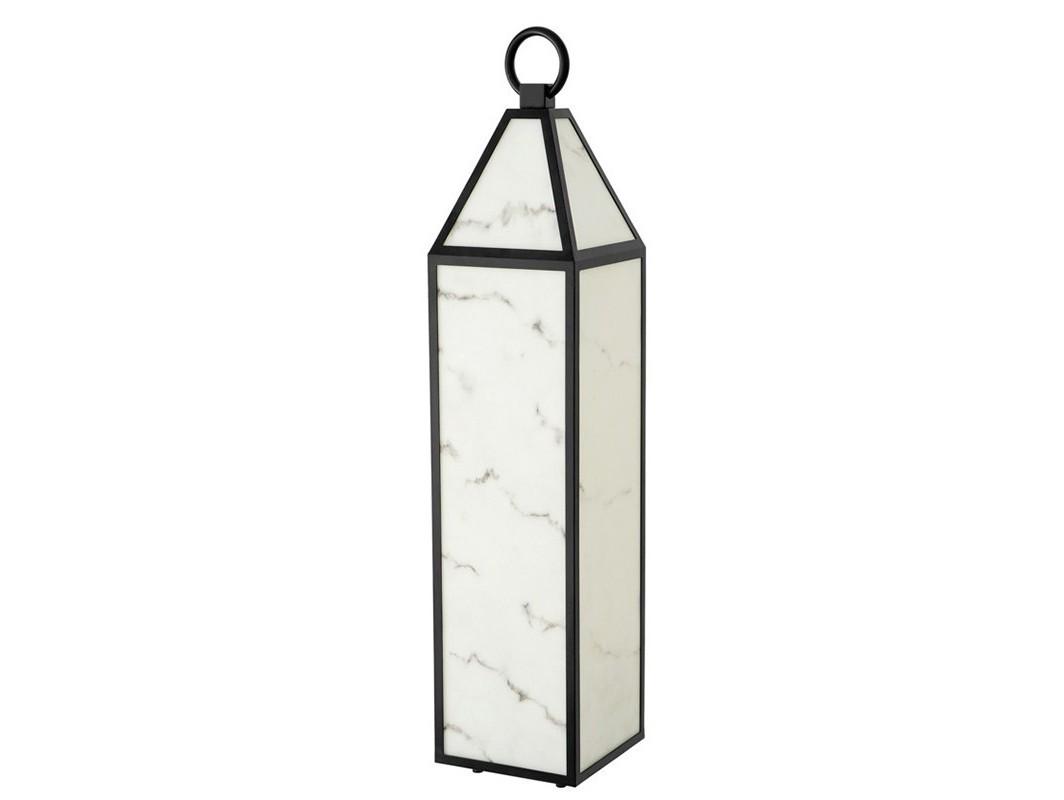 Настольная лампа BlakemoreДекоративные лампы<br>Настольная лампа Table Lamp Blakemore с плафоном в металлической рамке черного цвета. Стфорки плафона с эффектом камня алебастра.&amp;lt;div&amp;gt;&amp;lt;br&amp;gt;&amp;lt;/div&amp;gt;&amp;lt;div&amp;gt;&amp;lt;div&amp;gt;Цоколь: E27&amp;lt;/div&amp;gt;&amp;lt;div&amp;gt;Мощность: 13W&amp;lt;/div&amp;gt;&amp;lt;div&amp;gt;Количество ламп: 1&amp;lt;/div&amp;gt;&amp;lt;/div&amp;gt;<br><br>Material: Металл<br>Width см: 22<br>Depth см: 22<br>Height см: 101