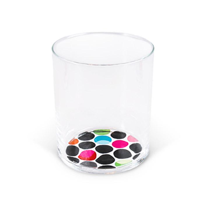 Набор стаканов dots (3 шт.)Стаканы и кружки<br>Стаканы с оригинальным рисунком на дне удобны для подачи любых напитков. В такой посуде будут эффектно смотреться соки со льдом или обычная вода, которая визуально делает узор объемным. Модели подходят как для праздников или вечеринок, так и для повседневного использования. В набор входит 3 стакана. Такую посуду особенно оценят маленькие дети, теперь они с удовольствием будут пить молоко и другие напитки.<br><br>Material: Стекло<br>Height см: 9,6<br>Diameter см: 8,2